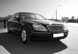 Heathrow Executive Mercedes S-Class Graphic